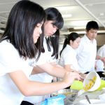 Students prepare food for experiment